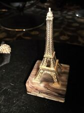 COLLECTABLE PARIS EIFFEL TOWER SOUVENIR ORNAMENT GOLD TONE & ONYX PLASTIC BASE