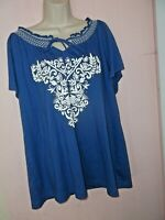 BASIC EDITIONS WOMEN'S PLUS SZ 2X TOP BLUE,WHITE TIES AT NECK EMBROIDERED DESIGN