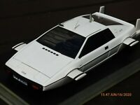 AUTOART 75306 Lotus Esprit Type 79 Submarine James Bond 007 RARE 1:18 Toy Car
