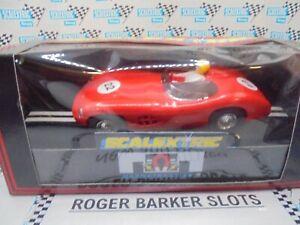 Scalextric C288 Toys R Us Aston Martin DBR 1/300 red #22 BNIB