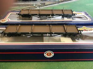 oo gauge 30 Ton bogie bolster Wagon 33-852