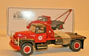 First Gear Collectible 1957 International R-200 Gin Pole/Winch Truck 1:34 Scale