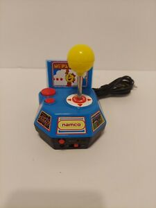 Ms. Pac-Man 5 in 1 Plug and Play 2004 Jakks Pacific TV Namco Game