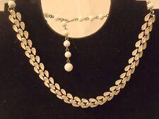 "Vtg CORO Necklace Silver Tone with white Enamel Delicate Leaf Design 16"""