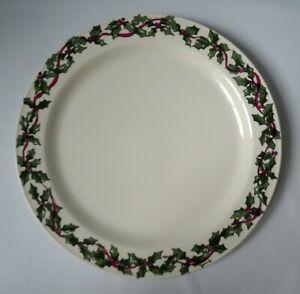 """Roseville Spongewear Workshops of Gerald Henn Holly 12"""" Charger Plate Christmas"""