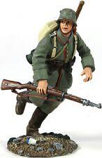 W Britain 23058 German Infantry Pioneer Running WWI 1/30 Scale Toy Soldier