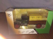 Ertl 1931 Hawkeye Crate Delivery Truck Bank John Deere 1/34