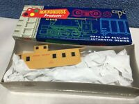 Roundhouse HO -3485 - Union Pacific #3919 Cupola Caboose Kit -NEW