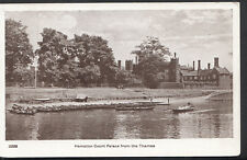 Middlesex Postcard - Hampton Court Palace From The Thames   RS2842