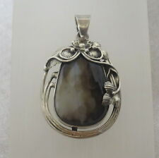Agate Sterling Silver pendant  SS60