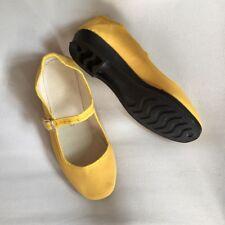 China Schuhe Stoffschuhe Ballerinas Trachtenschuhe Damenschuhe gelb 35# bis 42#