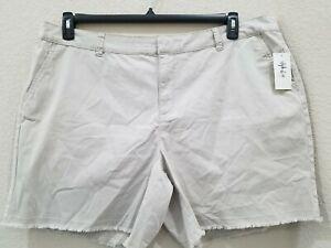 STYLE & CO Women's PLUS Size 20W Chino Shorts**Mid Rise**Raw Hem**Pockets**NWT**