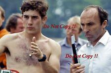 AYRTON Senna & Frank Williams DONINGTON PARK Williams F1 test 1983 fotografia 1