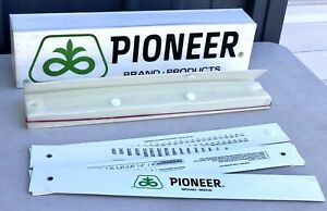 "VINTAGE PIONEER SEED CORN SIGN BOX w/ 58"" FOLDING MEASURING STICK ADVERTISEMENT"