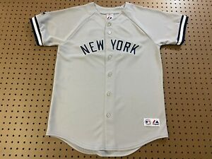 BOYS XL - Vtg MLB New York Yankees #22 Majestic Sewn Jersey USA