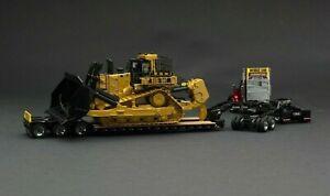 Caterpillar | 1:50 | GIFT SET | Kenworth T880 SFFA Truck Trailer & CAT D11T