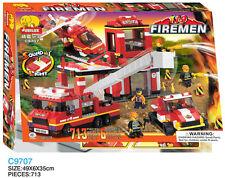 Woma Feuerwehrstation mit Fahrzeugen und Helikopter Bausteine Set C9707A
