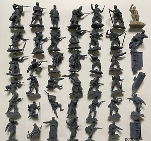 PLASTIC PLATOON  Complete collection of German soldiers 7 sets