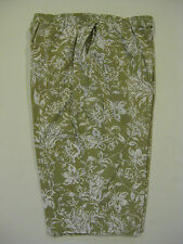 SIZE 12 BRIGGS NY PULL-ON CAPRIS CROPPED PANTS PULL ON GREEN W/ WHITE FLORAL
