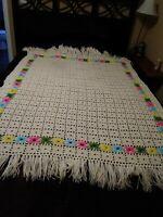 """Vtg 3D flower power Crochet Afghan Granny Throw Blanket Cream Daisy 50x70"""" retro"""