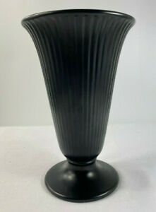 Wedgwood Ribbed Ravenstone Black Trumpet Vase 1970