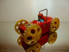 VINTAGE TOMY JAPAN RACING CAR #7 - RED L18.0cm RARE - BATTERY - GOOD CONDITION