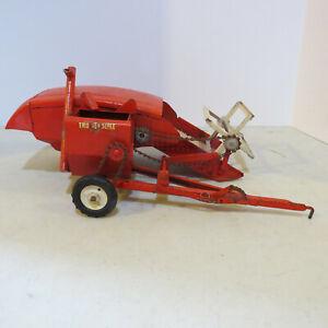 Tru-Scale Pull Type Combine 1959 1/16 TS-406-E