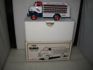 1/34 1st FIRST GEAR 1952 GMC BOTTLER'S DELIVERY TRUCK PEPSI COLA WHITE  #10-1349