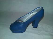 Just The Right Shoe by Raine Mini Shoe New Heightst 25019 Euc Free Shipping