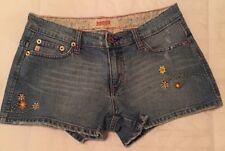 BONGO Denim Blue Jean Shorts SIZE 7  Embroidered Pockets Front Legs Distressed