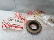 New NOS Kawasaki Oil Seal TBJ-20407 1981 1982 1983 1984 KX125 KX80 KX60 KDX80