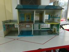 VINTAGE MARX STYLE METAL 2 STORY DOLL HOUSE VERY NICE.