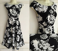 NEW EX WALLIS BLACK & WHITE FLORAL FLOATY SUMMER FIT FLARE TEA DRESS 8 - 18