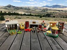 Vintage Fisher Price Little People ~ Huge Lot ~ Play-sets ~ People ~ Accessories