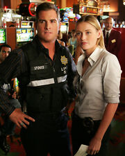 George Eads & Louise Lombard (14218) 8x10 Photo