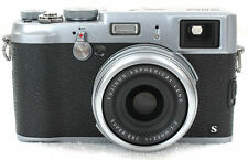 Fujifilm Finepix X100s 16.3MP digital Camera *Silver set w. extras *superb