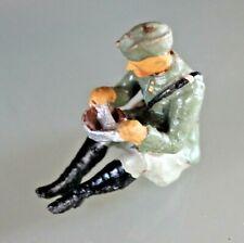Soldat Antik Elastolin Zusammensetzung Mit Schiffchenmütze Essend Sitzend 1930