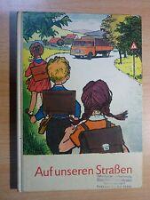 Auerbach: Auf unseren Straßen /Lehrbuch Verkehrsunterricht Klassen 2-4,DDR