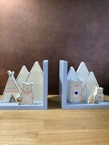 Sass & Belle Bear Camp Wooden Bookends Childrens Kids Baby Nursery Room Gift
