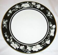 Royal Doulton - INTRIGUE - Vogue Collection - TC1153 - Salad Plate