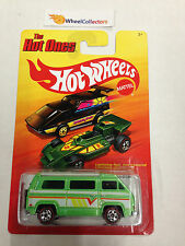 Sunagon GREEN * Chase Red Line Tires * Hot Ones Hot Wheels * A13