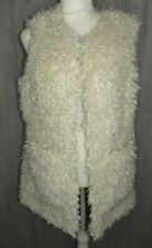 UGG Farrah Faux Fur Vest Cream Color Size Medium Style 1098849 NWT $250