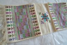 Vintage Geometric Pattern Embroidered Table Runner
