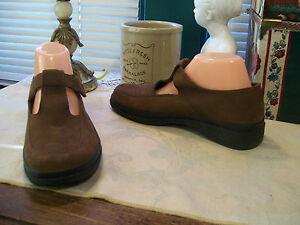 Easy Spirit Velcro Shoes for Women for