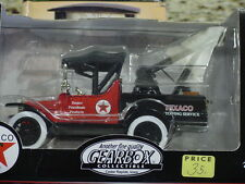 GEARBOX FORD  1918 TEXACO RUNABOUT TOW TRUCK, 1/25. DIECAST