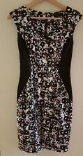 CUE in the city dress size 6