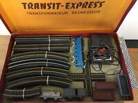 JOUEF HO COFFRET TRANSIT EXPRESS TRAIN MECANIQUE LOCOMOTIVE BB9004  BON ETAT