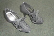 MATALAN FIONA COLLECTION HIGH HEELED SHOES SIZE 4