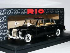 Rio 100 1960 Mercedes-Benz 300D Limousine Pope Giovanni XXIII 1/43