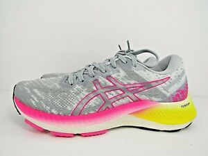WOMEN'S ASICS GEL KAYANO LITE size 9 !WORN LESS THAN 10 MILES! RUNNING SHOES !!